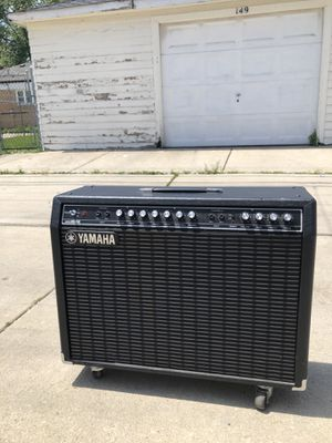 Yamaha guitar amp and Prevey bass speaker for Sale in Bellwood, IL
