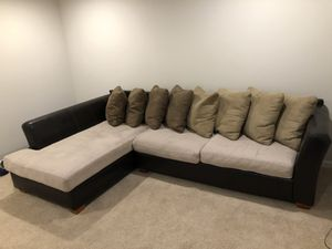 Sectional Couch for Sale in Fife, WA