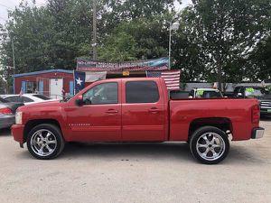 09 Chevy Silverado LTZ Crew Cab for Sale in San Antonio, TX