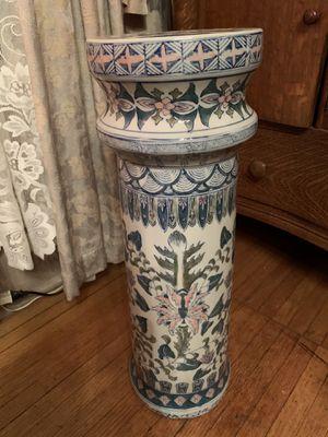 Ceramic colorful plant stand for Sale in Washington, IL