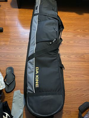 Dakine snowboard roller bag 165 cm for Sale in Los Angeles, CA