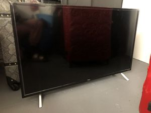 TCL 40inch Roku Tv for Sale in Los Angeles, CA