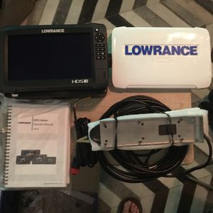 """Lowrance Carbon 9"""" With Lss2 Transducer for Sale in Huntington Beach, CA"""