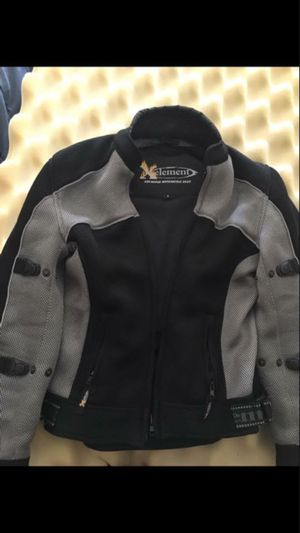 NonGender Size Medium motorcycle jacket. Xelement Advanced Gear. Black and Grey. Light Weight. Very good condition. Padded elbows and back. for Sale in East Dundee, IL
