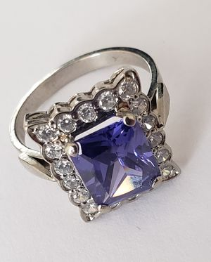 Blue Sapphire Ring for Sale in Fort Leonard Wood, MO