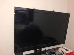 Westinghouse 42 ' tv for Sale in Pompano Beach, FL