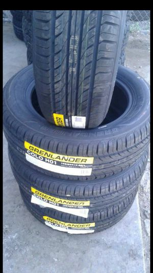 BRAND NEW SET OF TIRES 195 60 15 for Sale in Phoenix, AZ