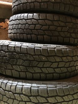 Set Of 4 Used Tires LT245/75R17 Cooper Like New for Sale in Milwaukie,  OR