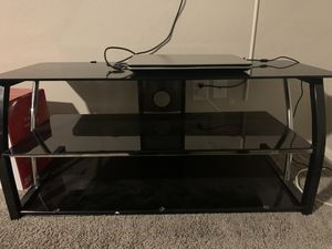 Entertainment Stand holds up to 50 inch TV for Sale in Mesa, AZ