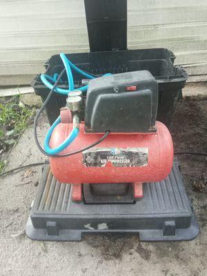 I'll power 1/3 horsepower 3 gallon air compressor for Sale in Alton, IL