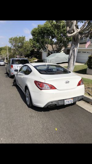 2010 Hyundai Genesis Coupe 2.0T for Sale in Cypress, CA
