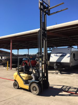 2008 forklift for Sale in Mansfield, TX