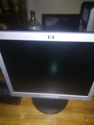 17 inch HD monitors for Sale in Buckhannon, WV