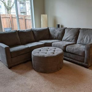 La-Z-Boy sectional with ottoman for Sale in Aloha, OR