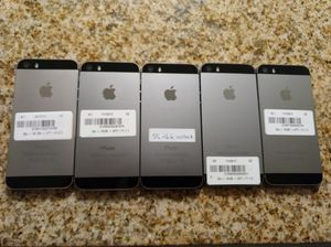 iPhone 5S great shape factory unlocked 32GB wholesale 5 phones for Sale in North Miami Beach, FL