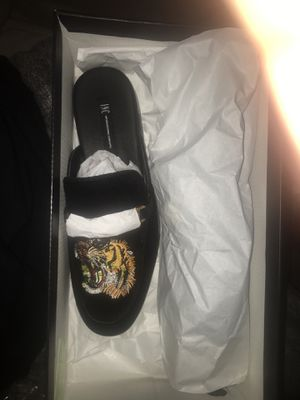 Brand new Gucci Slides/Shoes for Sale in Houston, TX