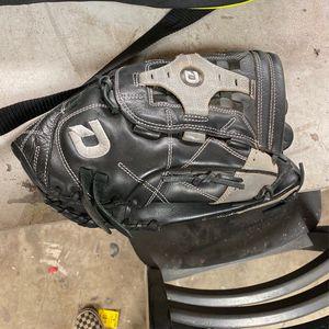 Diablo Softball Baseball Glove Adult for Sale in Portland, OR