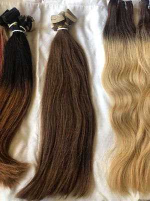 Tape ins extensions 18 length for Sale in Whittier, CA