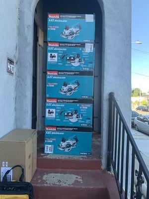Cada uno por 280 nuevos for Sale in Los Angeles, CA