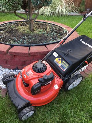 """TROY-BILT 21"""" push lawn mower for Sale in Chicago, IL"""