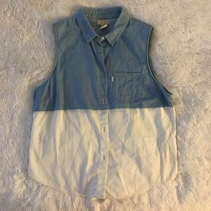 Levi's tank shirt for Sale in Los Angeles, CA