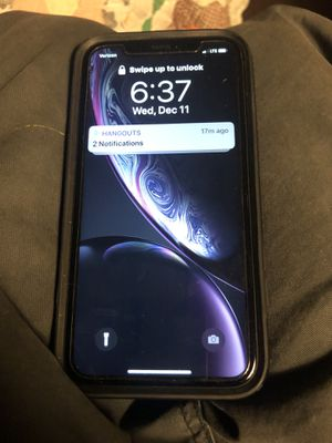 iPhone XR black for Sale in Mason City, IA