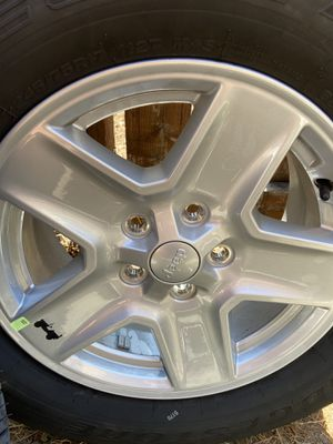 Jeep Gladiator wheels with new tires for Sale in Chula Vista, CA