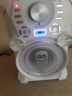 Bluetooth speaker for Sale in Fort Worth, TX