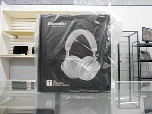 Headphones Blueudio T4th Turbine Black Color for Sale in Silver Spring, MD