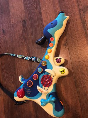 Toddler play guitar - like new - teach music , sound affects and more - homeschool for Sale in Buckeye, AZ