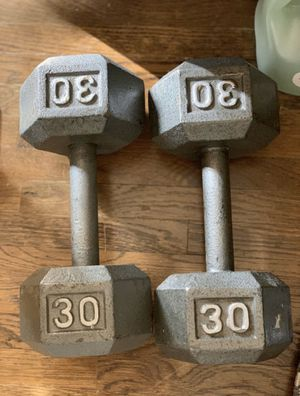 30lb dumbbell set for Sale in San Diego, CA