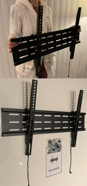 "New LCD LED Plasma Flat Tilt TV Wall Mount stand 37 40"" 42 46"" 47 50"" 52 55"" 60 65"" 70 inch tv television bracket 88lbs capacity for Sale in Pico Rivera, CA"