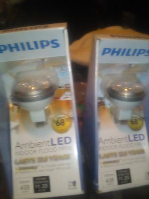 Phillis ambient led indoor flood Mr16 last 22.8 years for Sale in South Gate, CA