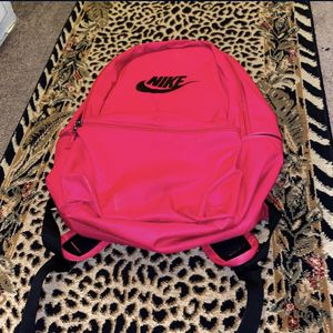 Nike Backpack 🎒 for Sale in South Gate, CA