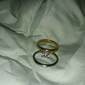Set 2 Piece Gold/Silver Engagement Wedding Ring, Size 7. for Sale in Dallas, TX