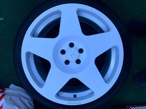 Rims/ tires for Sale in Bloomington, CA