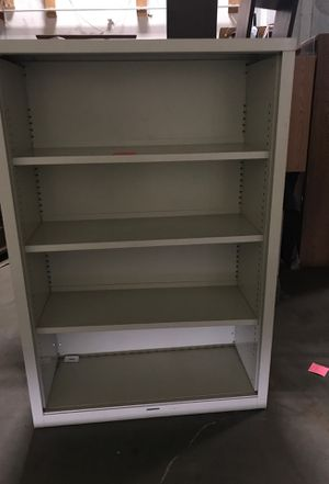 White Metal shelving unit for Sale in Tacoma, WA