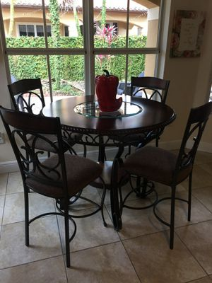 Breakfast Area High Table with 4 Chairs for Sale in Miami, FL