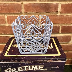 Metal decor/planter for Sale in Silver Spring, MD