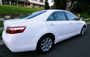 2008 Toyota Camry price $800 AWK4ZM for Sale in San Francisco, CA