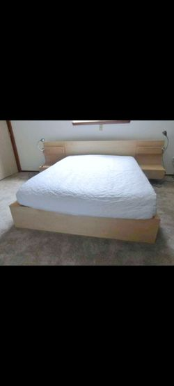 Very Nice Full Ikea Malm Bed Frame, Nightstands and Sealy Posturepedic Mattress for Sale in Renton,  WA