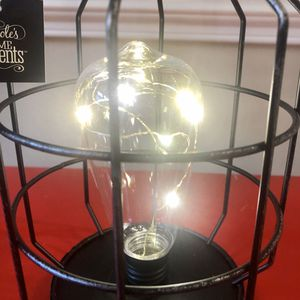 BRAND NEW Decorative table lamp for Sale in Charlotte, NC
