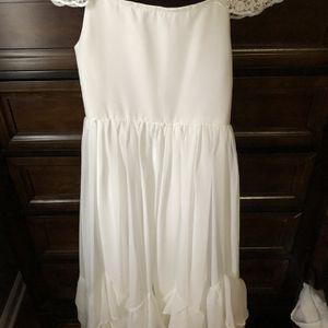 White Flower Girl Dress Size 10-12 for Sale in Traverse City, MI