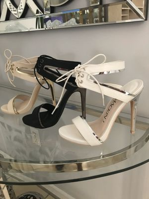 New Beautiful Sandals heels for Sale in Miami, FL