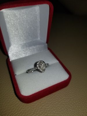WAS $2,300!! BRAND NEW 1.0 PEAR SHAPED DIAMOND ENGAGEMENT RING WITH CERTIFIED APPRAISAL (SEE PIC # 2 FOR SPECS) .65 CENTER!! for Sale in Providence, RI