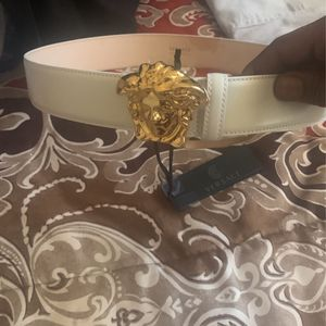 Real Versace Belt for Sale in Cayce, SC