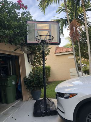 Basketball Hoop for Sale in Southwest Ranches, FL