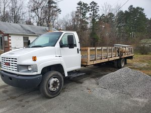 2005 gmc c5500 for Sale in Buffalo Junction, VA