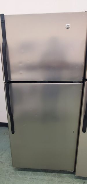 Stainless Steel GE Refrigerator for Sale in Littleton, CO