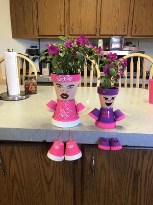 Flower pot people for Sale in Stedman, NC